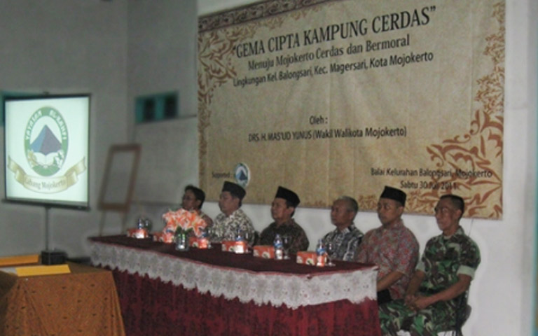 Launching Program Kampung Cerdas di al Kahfi Mojokerto