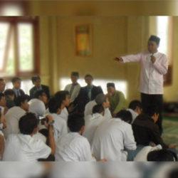 al Kahfi mengadakan kegiatan Pesantren Kilat di SMAN 38 Jakarta